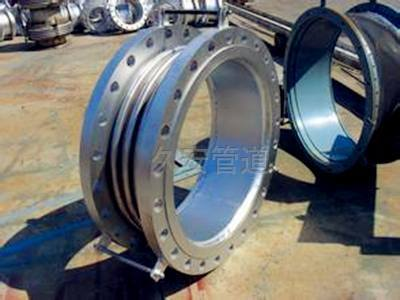 金属波纹管膨胀节