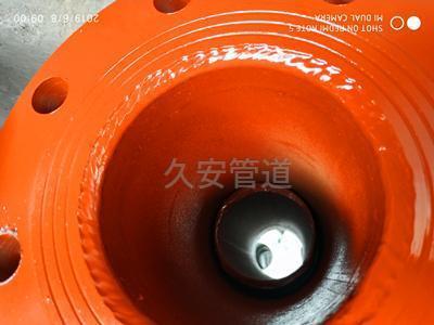 供暖管道直埋补偿器的内部构造