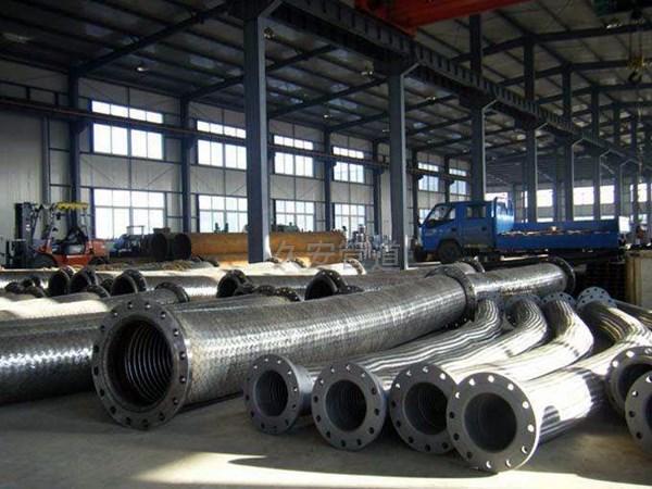不锈钢金属软管生产现场